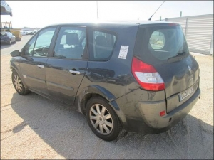 RENAULT SCENIC II 2.0 DCI 150 CH