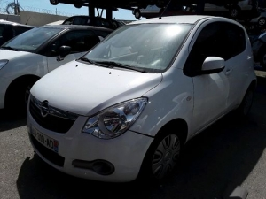 Voiture accidentée : OPEL AGILA